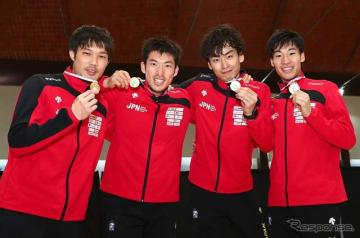 男子エペワールドカップ団体、日本優勝(2019年3月24日、ブエノスアイレス)