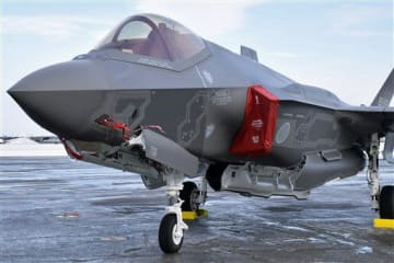空自三沢基地のF35A戦闘機。事故機体の調査・分析を巡る日米の駆け引きが予想される