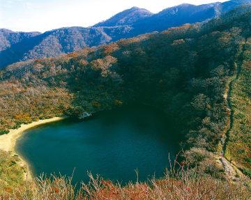 夜叉ヶ池(1099m)