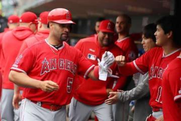 本塁打で通算2000打点を記録したエンゼルスのアルバート・プホルス【写真:Getty Images】