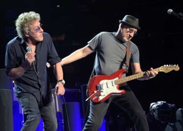 NEW YORK, NY - MARCH 03: Roger Daltrey and Pete Townshend of The Who In Concert - New York, NY at Madison Square Garden on March 3, 2016 in New York City. (Photo by Theo Wargo/Getty Images)
