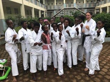 コンゴにあるパンジー病院の生徒たち(C)Fight For Dignity