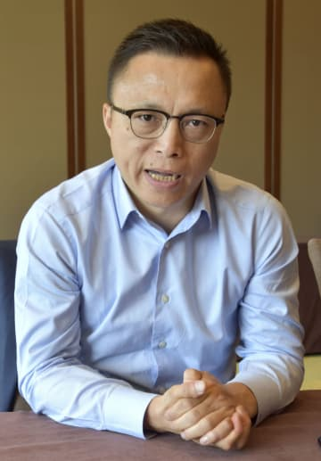 インタビューに応じるアントフィナンシャルの井賢棟CEO