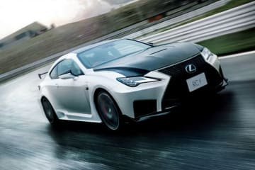 「RC F」Performance package