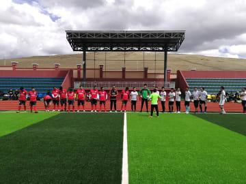 高原サッカーリーグ戦開催 四川省カンゼ·チベット族自治州