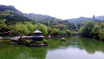 初夏を迎えた「泉城」 山東省済南市