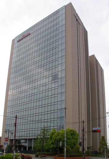 村田製作所本社(J oさん撮影、Wikimedia Commonsより)