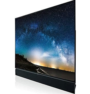 液晶テレビに比べて、有機ELテレビは引き締まった黒を映し出すことができる