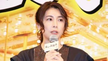 映画「長いお別れ」のプレミア試写会に登場した竹内結子さん