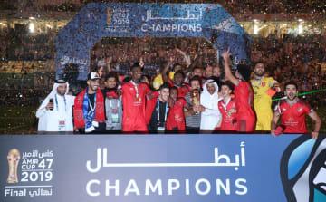 カタール首長杯で優勝し、喜ぶアルドハイルの選手ら=16日、ドーハ(ゲッティ=共同)