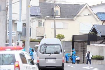警察官が拳銃を奪われ発砲事件が起きた現場=4月12日、午後1時半ごろ、横浜市磯子区