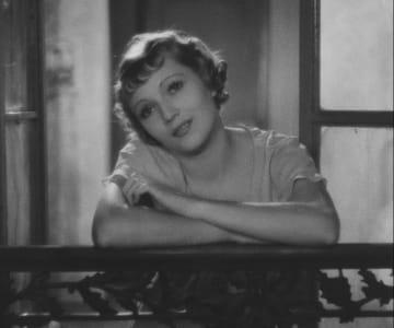 初期の名作『巴里祭』(C)1933 ー TF1 DROITS AUDIOVISUELS