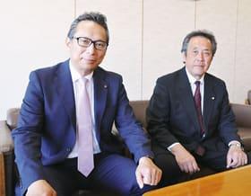 左から議長の小久保氏、副議長の阿部氏
