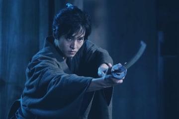 松坂桃李 - (C) 2019映画「居眠り磐音」製作委員会