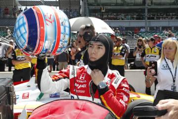 インディカー・シリーズ第6戦、インディ500予選に臨むホンダの佐藤琢磨=18日、インディアナポリス(USA TODAY・ロイター=共同)