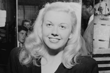 1950~60年代に活躍した米女優ドリス・デイさんが13日、肺炎のためカリフォルニア州カーメルにある自宅で死去した。自身が設立したドリス・デイ動物基金が発表した。97歳だった。1946年7月、ニューヨークで撮影。提供写真 - (2019年 ロイター/Courtesy William P. Gottlieb/Ira and Leonore S. Gershwin Fund Collection, Music Division, Library of Congress/Handout)