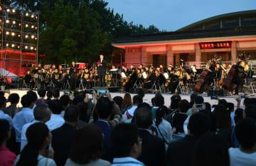 兵馬俑と聴くコンサート「奇跡の夜」開催 陝西省西安市