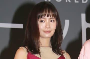 連続ドラマ「パーフェクトワールド」のイベントに登場した中村ゆりさん