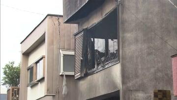 住宅6棟の火災 3遺体見つかる 40代娘・息子か