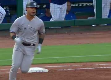 Yankees rookie Gleyber Torres homers twice vs. Rangers