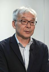 取材に応じる土師守さん=神戸市中央区(撮影・秋山亮太)