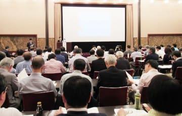公開講座「自治体は『2040年問題』にどう向き合うか?」会場の様子。18日、日本プレスセンター(東京・千代田)で
