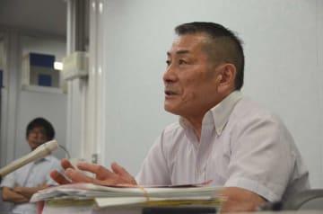 一審の死刑判決を支持した控訴審判決を批判する堀弁護士(24日午後1時15分、大阪市北区・大阪司法記者クラブ)