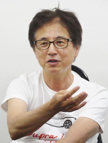 インタビューに答えるトヨタ自動車の多田哲哉氏