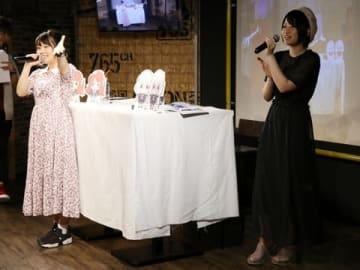 アニON STATION AKIHABARA本店で開催された「ゾンビランドサガ」のトークイベントに登場した本渡楓さん(左)と河瀬茉希さん