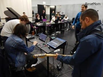 音楽教育プログラム「Digitopia」