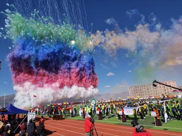 チベット族住民の生活にサッカーが浸透 四川省