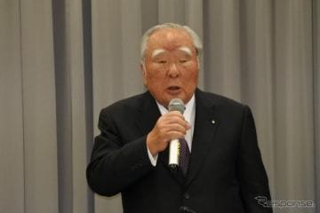 スズキ 鈴木修 会長