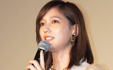 映画「空母いぶき」の公開初日舞台あいさつに登場した本田翼さん