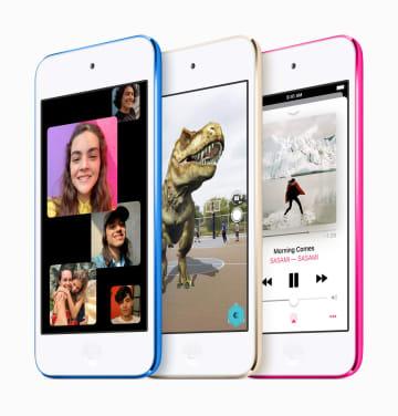 多機能端末「iPodタッチ」の新製品(アップル社提供・共同)