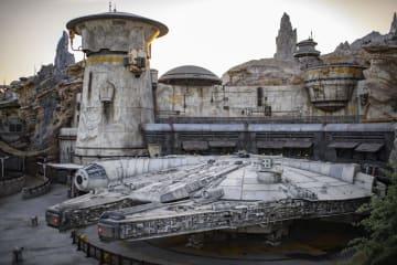 新エリア「スター・ウォーズ ギャラクシーズ・エッジ」の宇宙船ミレニアム・ファルコンのアトラクション((C)Disney/Lucasfilm Ltd.提供・共同)