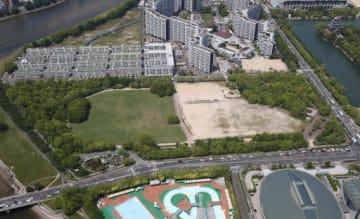 サッカースタジアムの建設予定地となった中央公園自由・芝生広場(広島市中区)