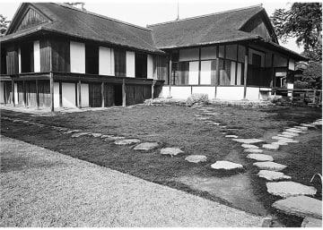 岡本氏が撮影した桂離宮(1955年)=同館提供