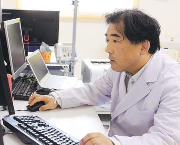 7年間、被災者の心身のケアに取り組んできた長医師=30日午後、石巻市立病院開成仮診療所