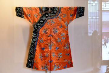 清朝の皇后らの衣装、瀋陽故宮で公開