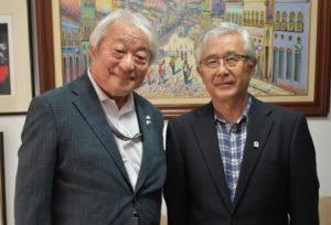 来社した佐藤さんと須郷会長