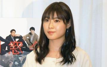 6月にスタートする連続ドラマ「仮面同窓会」の会見に登場した瀧本美織さん