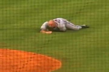 12年前にマイナーリーグの試合で生まれた爆笑退場劇が再脚光(画像はスクリーンショット)