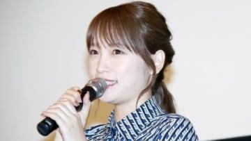 映画「泣くな赤鬼」完成披露試写会に登場した川栄李奈さん