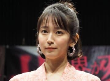 映画「パラレルワールド・ラブストーリー」の公開直前イベントに登場した吉岡里帆さん