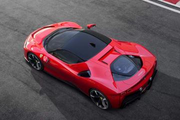 「フェラーリ SF90ストラダーレ」(画像: フェラーリの発表資料より)