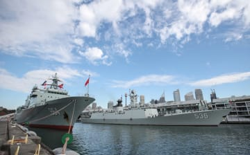 中国海軍艦隊が豪友好訪問