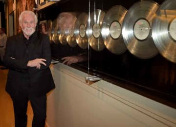 NASHVILLE, TN - AUGUST 13: Country Music Hall of Fame member Kenny Rogers at the Country Music Hall of Fame Kenny Rogers Exhibit Opening Reception at the Country Music Hall of Fame and Museum on August 13, 2014 in Nashville, Tennessee. (Photo...