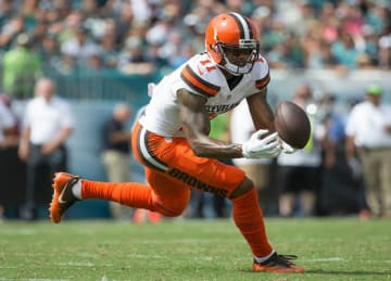 Browns WR Terrelle Pryor Makes Leaping Catch in 29-10 Loss to Eagles