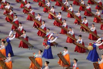マスゲーム·芸術公演「人民の国」 平壌で開幕公演