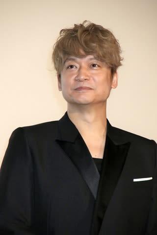 映画「凪待ち」の完成披露試写会後の会見に登場した香取慎吾さん